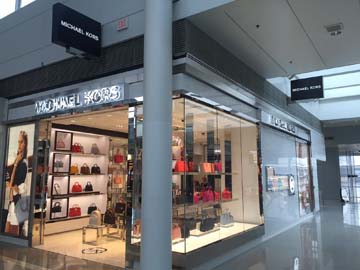 DFA recently opened this Michael Kors Boutique in Washington Dulles International Airport