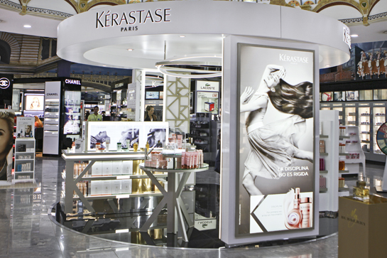 The first Kérastase Travel Retail Hair Salon in the Americas opened at London Supply's Iguazu store in Argentina in March.