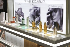 The Kérastase Travel Retail Hair Salons feature travel retail exclusive sets and a professionally- staffed styling station to provide special services designed for rapid turnaround.