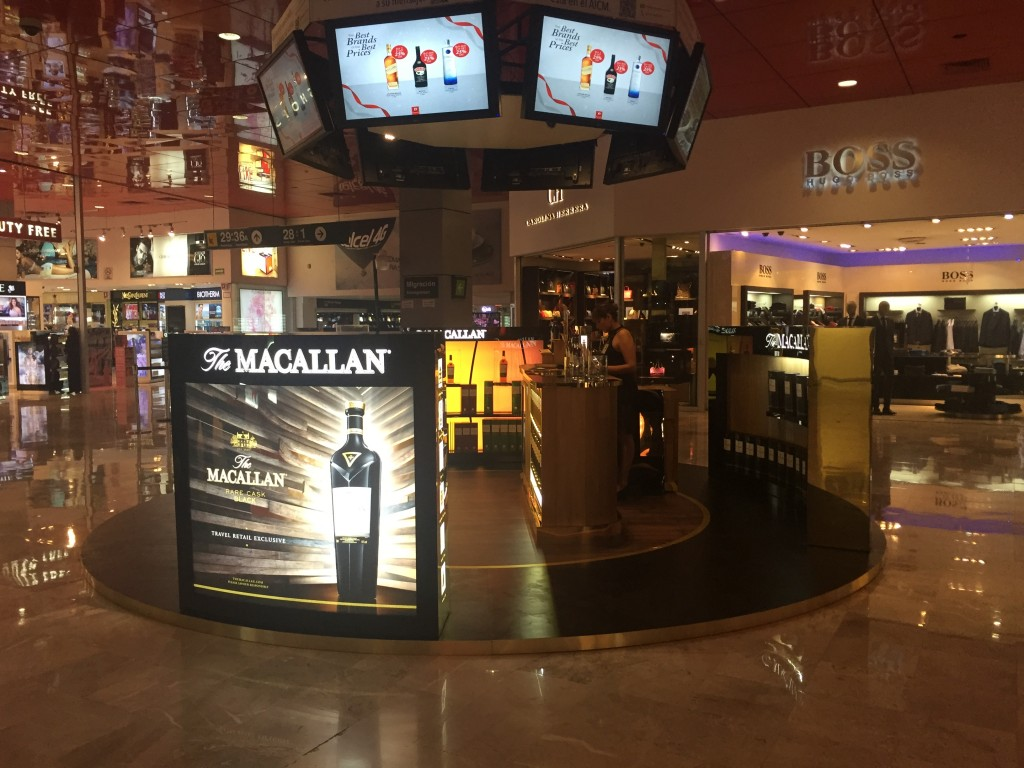EWTRA is featuring the newly launched The Macallan Rare Cask Black throughout December in the Rotunda at Mexico City Airport with Dufry.