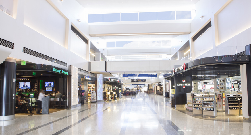 new-lax-terminal-2-commerical-hub_24376595850_small