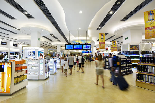 The WDFG (Aldeasa) walk-through duty free store in Cancun airport.