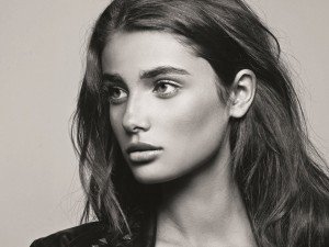 Taylor Hill is the latest face of Lancôme, © Joseph Paradiso and Yuki / Lancôme