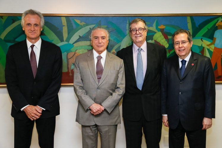 Meeting in Brasilia: Dufry CEO Julian Diaz, Brazil President Michel Temer, Dufry Chairman Juan Carlos Torres and Dufry Brasil President Humberto Mota. Photo: Beto Barata/PR