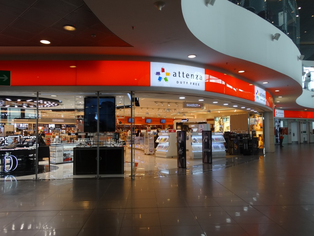 Motta Internacional will be opening a new Attenza Duty Free arrivals store in Bogota's El Dorado International Airport in September. Shown: Motta's current Attenza Duty Free store in Bogota airport's arrivals area.
