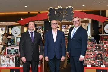 Gert-Jan de Graaff, President and CEO of JFKIAT; David Niggli Chief Merchandising Officer of FAO Schwarz; and Mark Sullivan, Managing Director of DFS Group North America.