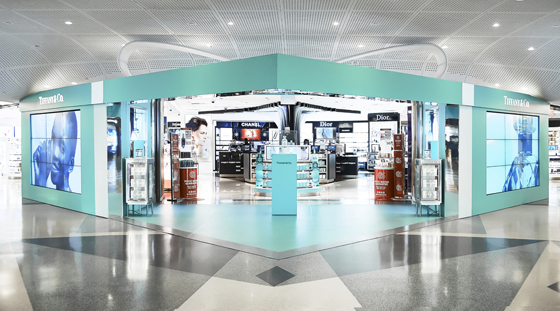 a23fd46a3 Coty dressed the front of the DFS duty free store at JFK T4 in Tiffany &  Co. blue for three months earlier this year.